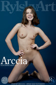 Picture Gallery Arccia with Nude Model Kira Joy